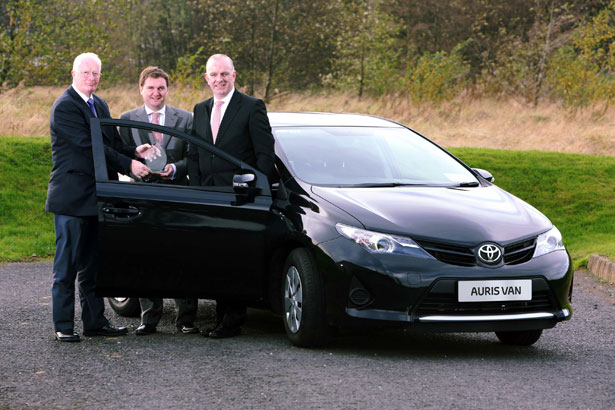 Toyota Auris Van wins Continental Irish Car Derived Van of the Year. Pictured (L-R) at the  presentation of the award were : Brian Byrne, Chairman of the Van Jury of the Irish Motoring  Writers Association, Ian Corbett, Marketing Operations Manager of Toyota Ireland, and Tom Dennigan, General Sales Manager - Ireland, Continental Tyre Group.