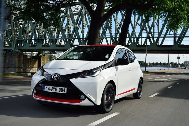 new toyota aygo has the x factormotorshow motorshow. Black Bedroom Furniture Sets. Home Design Ideas