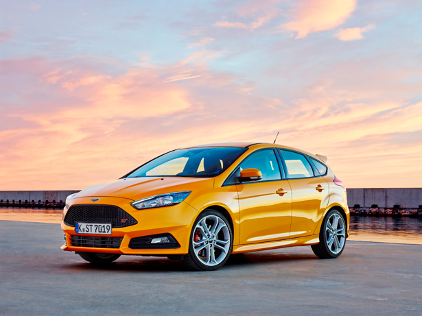 07-FordFocusST_front