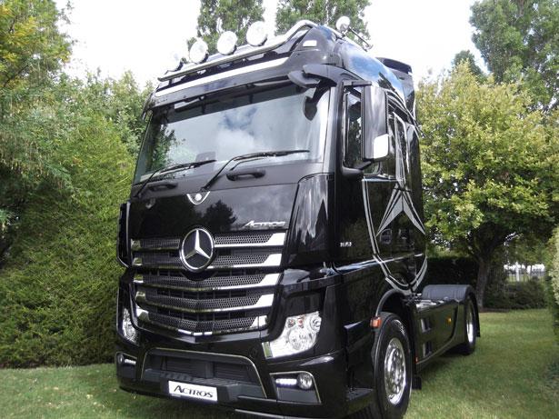 Mercedes-Benz-Actros-truck-copy