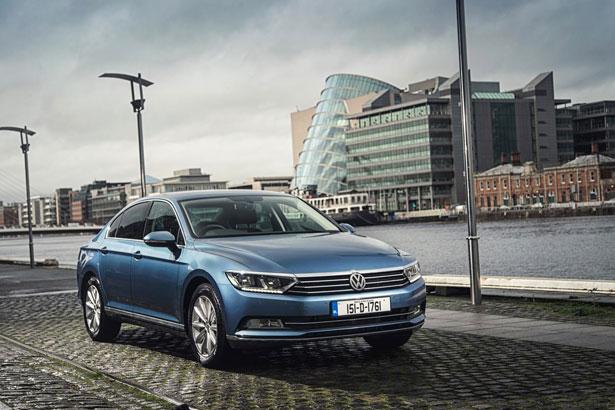 New-Volkswagen-Passat-saloon