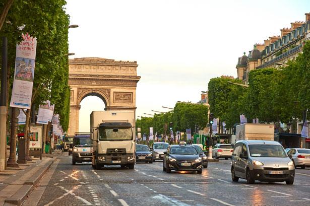 Renault-Trucks_electric_Range-D_021215jpg