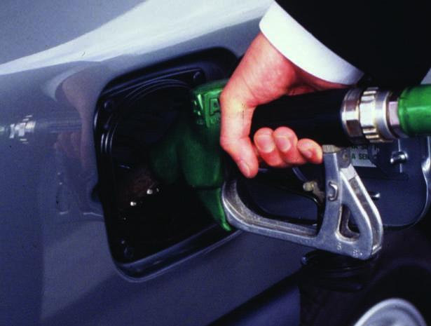 filling-petrol