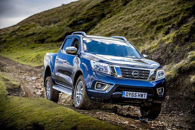 New-Nissan-Navara-Twin-Cab-Pick-Up