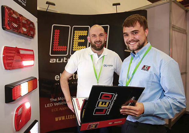 LED-Autolamps-stand