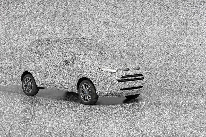 fords-nuique-car-camouflage