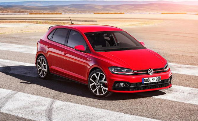 new bigger volkswagen polo breaks cover. Black Bedroom Furniture Sets. Home Design Ideas