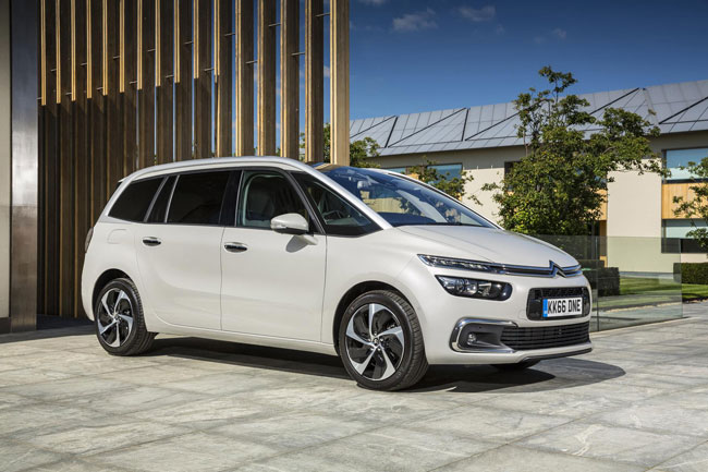 citroen c4 picasso range gets 181 equipment upgrade. Black Bedroom Furniture Sets. Home Design Ideas